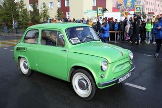 Ретро выставка легендарных автомобилей