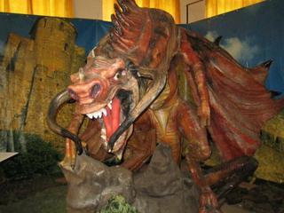 «Драконы - движущиеся гиганты»
