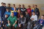 Чемпион мира по пауэрлифтингу провел встречу с инвалидами Уссурийска