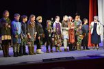 Благотворительный спектакль «Разве для смерти рождаются дети» прошел в уссурийском драматическом театре