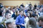Приморцев приглашают выбрать название праздника для выпускников