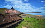 «Если бы сгнили, о них бы и не вспомнили»: военная прокуратура изъяла танки Т-34 с острова Желтухина у реставраторов