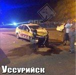 Автомобиль такси превратился в груду металла в Приморье