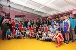 В Уссурийске поздравили с юбилеем прославленного тренера по боксу Александра Коровина