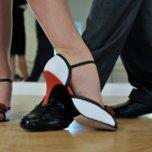 Работу танцзалов и банных комплексов официально разрешили в Приморье