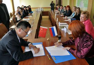 Власти Уссурийска и Суйфэньхэ решили обменяться культурным опытом