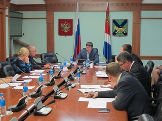 Размеры многих социальных выплат в 2013 году в Приморье будут компромиссными