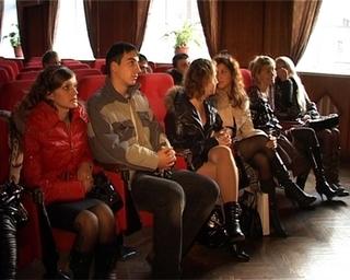 Зрители могут выбрать ведущих в программу