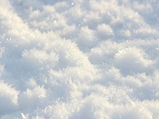 Уссурийские предприниматели плохо убирают свои территории от снега, не смотря на крупные штрафы