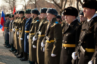 Митинг, посвященный памяти погибших и воевавших в локальных войнах и военных конфликтах, прошёл в Уссурийске