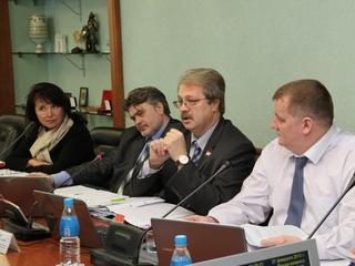 Депутаты предлагают усилить кадрами комиссии по делам несовершеннолетних в Приморье