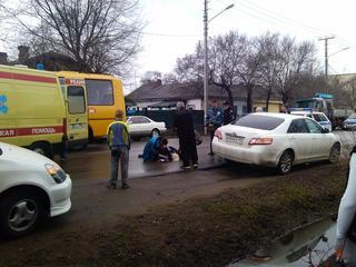 Неадекватный водитель сбил женщину и скрылся с места ДТП