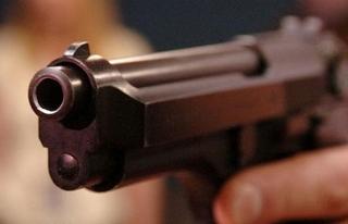 Полицейский применил табельное оружие для пресечения хулиганских действий в Уссурийске