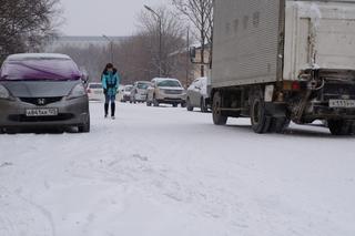 Снегоуборочная техника работает в Уссурийске в режиме нон-стоп