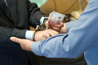 2,3 млн рублей попросил адвокат за