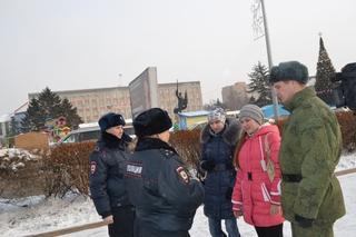 Жителей Уссурийска инструктируют, как не стать жертвами преступников на Новый год
