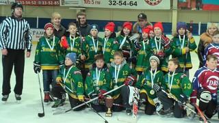 ХК «Армада» победила в краевом этапе соревнований «Золотая шайба» в Уссурийске