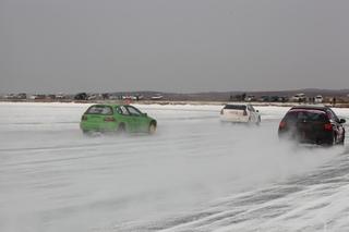 Лед испортил автогонщицам Уссурийска 8 марта