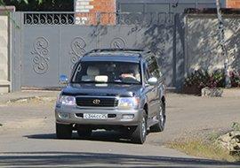 Дочь мэра Уссурийска владеет незаконно зарегистрированным автомобилем?