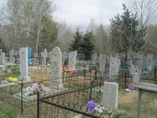 Дороги сельских кладбищ Уссурийска похожи на фронтовые