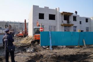 Жильцам аварийного фонда власти Уссурийска обещают пять домов в этом году