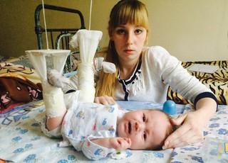 2-х месячному малышу сломали ноги на приёме у врача в Уссурийске
