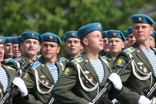 Уссурийские десантники участвуют в конкурсе на звание лучшего командира