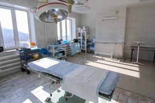 Малыш, которому хирург из Уссурийска на приеме сломала обе ноги, выписан из больницы
