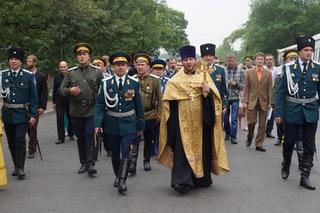 Крестным ходом отметили казаки в Уссурийске юбилей своего войска
