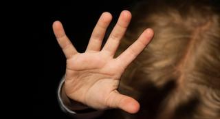 Семейная пара извращенцев надругалась над 8-летним мальчиком в Уссурийске