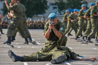 Более 3 тысяч человек встретили день ВДВ в 83-й отдельной бригаде в Уссурийске