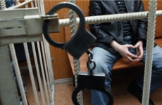 Житель Уссурийска подозревается в половом сношении с 15-летней девочкой