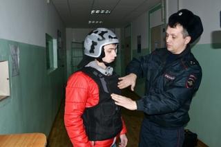 В Уссурийске сотрудники вневедомственной охраны приняли участие в акции «Студенческий десант»