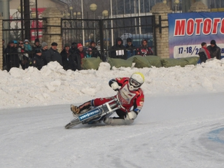 Неудачи уссурийского льда: первенство по мотокроссу в Приморье не обошлось без аварий