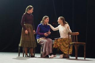 Театр драмы имени Комиссаржевской готовит премьеры для жителей Уссурийска