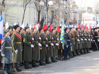 День защитника Отечества начался в Уссурийске с поминовения воинов-победителей