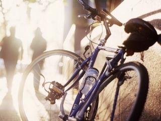 Двое несовершеннолетних жителей Уссурийска отобрали велосипед у подростка