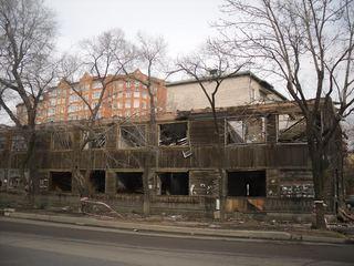 Дом на углу Советской и Суханова сносят – что дальше?