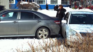 Снегопад дорого обошёлся уссурийским автомобилистам
