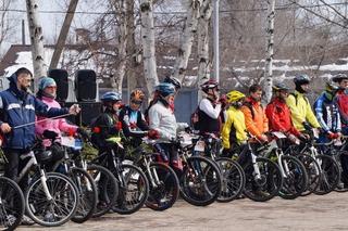 Юбилейный велопробег, посвященный героям и ветеранам войн, стартовал в Уссурийске