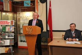 Урок со старшеклассниками прошел в музее боевой славы г. Уссурийска