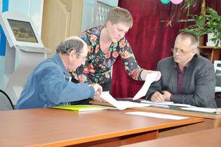 Жители с. Борисовка встретились с заместитель главы администрации по работе с территориями