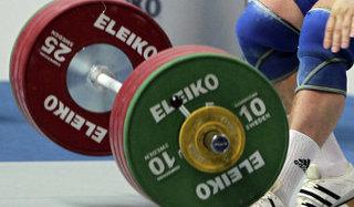 Уссурийский тяжелоатлет стал лучшим на чемпионате в Южно-Сахалинске