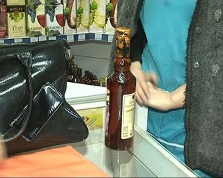 Теперь в магазине ночью крепкий алкоголь не купить