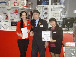 POLARIS и «В-Лазер» в рамках акции дарят подарки ветеранам ВОВ