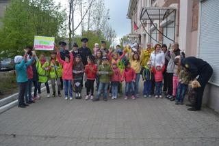 В Уссурийске сотрудники ГИБДД и представители ФСО провели акцию «Будь ярким! Стань заметным!»