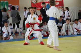 Открытый турнир по каратэ прошёл в Уссурийске