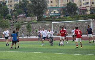 Футбольный матч прошел между депутатами УГО и гостями с Суйфэньхэ