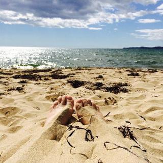 на 13 июля - безопасными для отдыха признаны 65 пляжей Приморья. СПИСОК