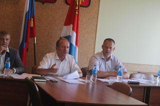 Вице-губернатор Приморья провел выездное совещание по вопросу уборки урожая в Уссурийске